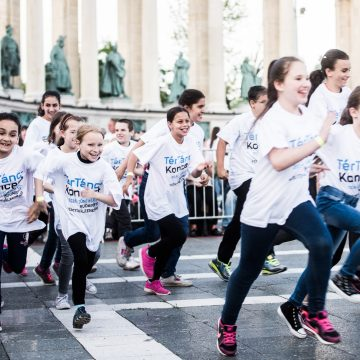 Dancing on the Square 2016